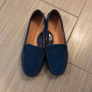Other - Navy blue Veretini Loafers